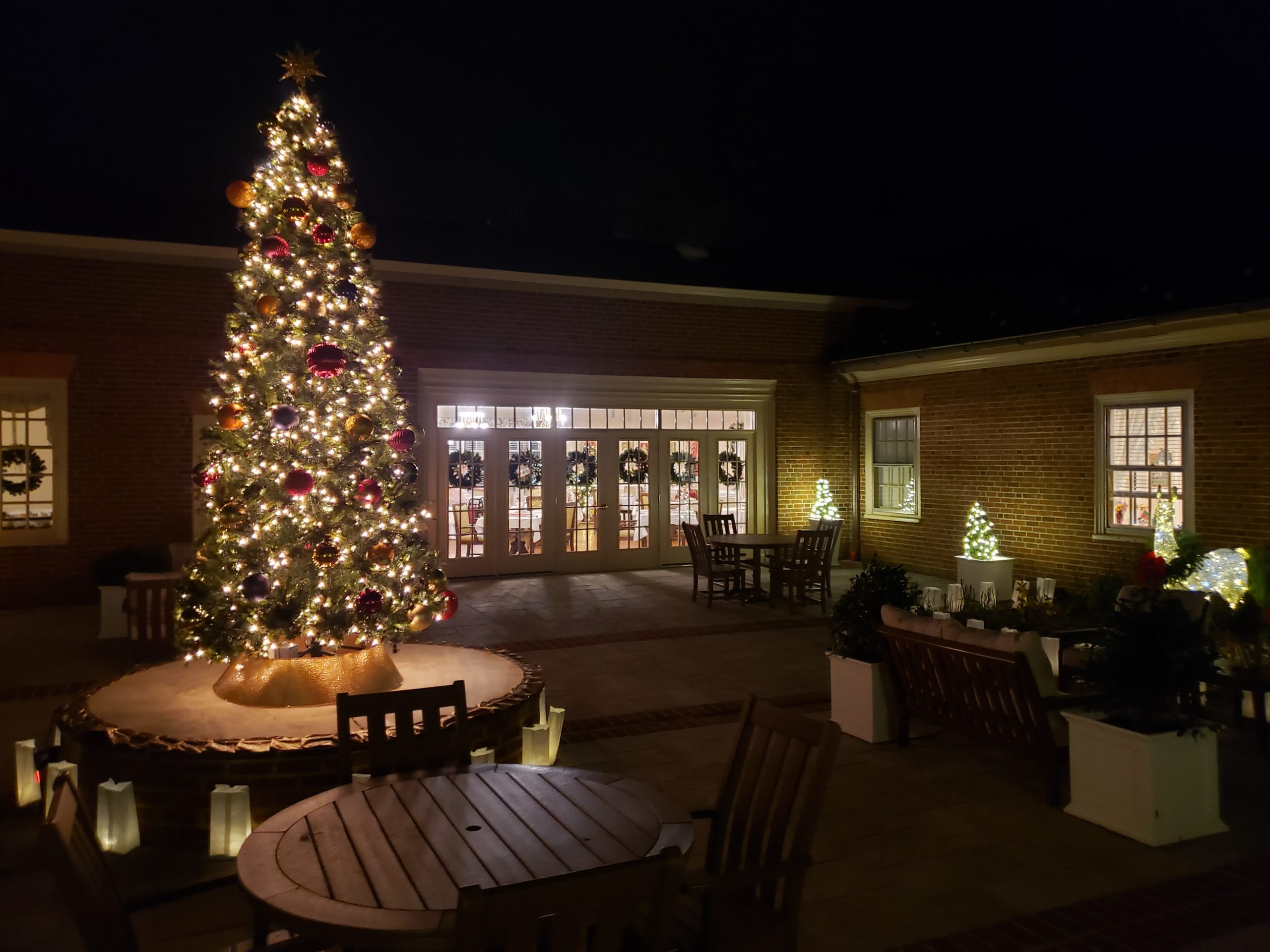 Christmas in the Courtyard